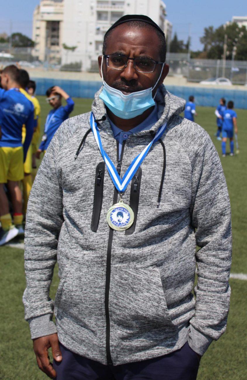 אילן, אחיו של אברה מנגיסטו במשחק. צילום: שלומי לוי