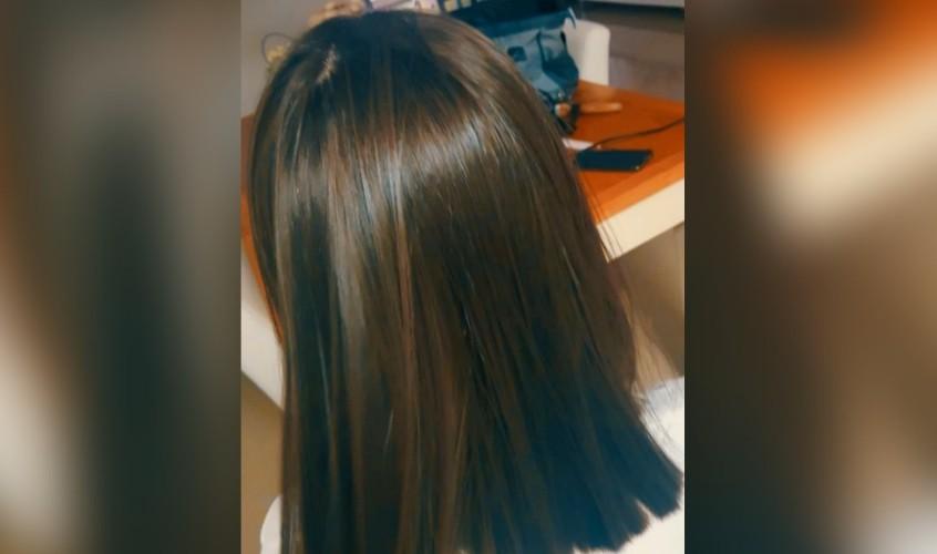 החלקת שיער. צילום אילוסטרציה