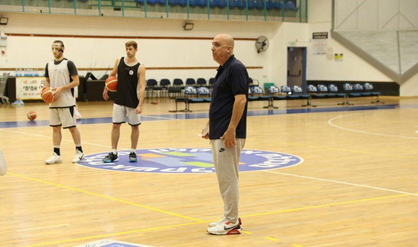 מאמן אליצור איתו, אריק אלפסי