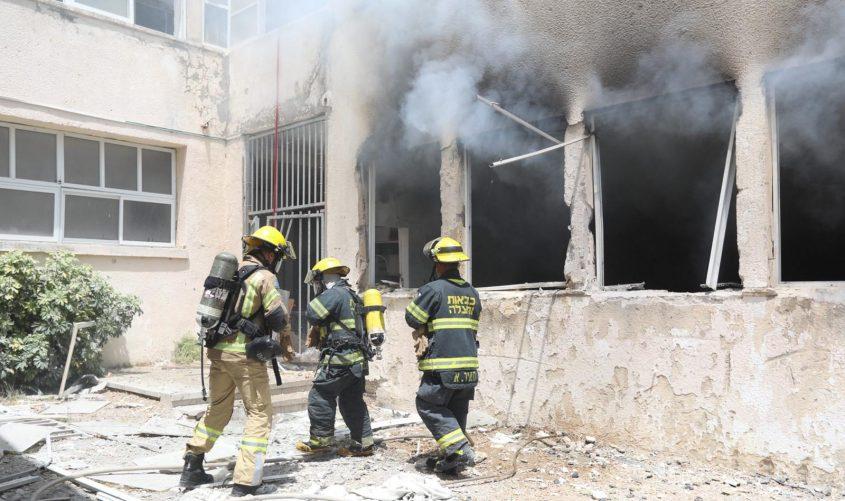 בית הספר שנפגע באשקלון. צילום: תיעוד מבצעי כבאות והצלה