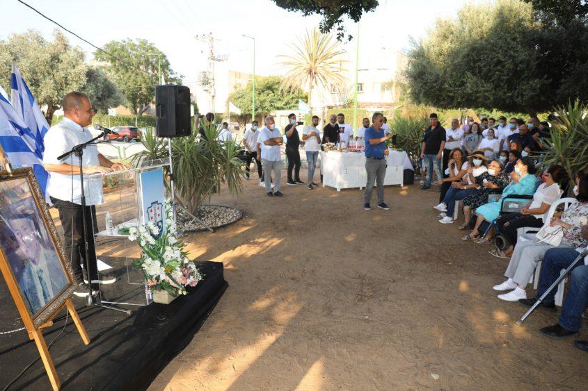ראש העירייה נואם בטקס. צילום: פוטו יוסי את עוזי
