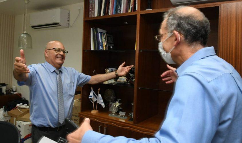 פרופ' חזי לוי ופרופ' רונן דבי. צילום: דוד אביעוז, צילום רפואי, דוברות ברזילי