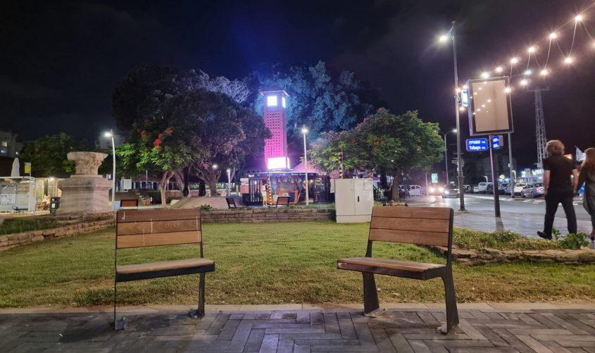 השעון במרכז אפרידר. צילום: אדי ישראל